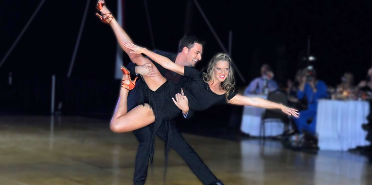 Sara Mitchell and Kris Hazard - Dancing with the Knoxville Stars